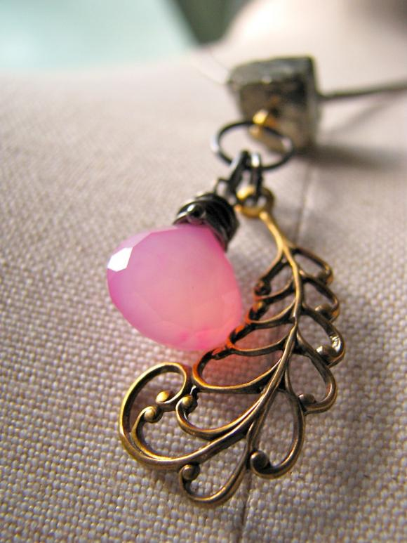 Flutter necklace - pyrite / pink chalcedony / gemstones